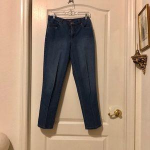 Gloria Vanderbilt stretchy jeans medium blue